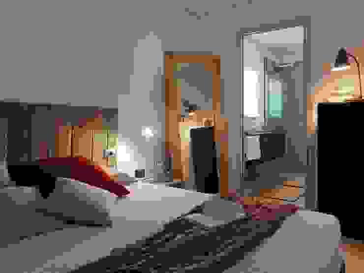 Modern Bedroom by DomusGaia Modern