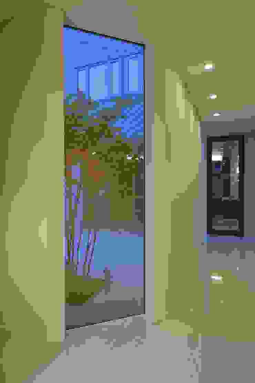 山鼻の家 モダンな 窓&ドア の 株式会社スター・ウェッジ モダン