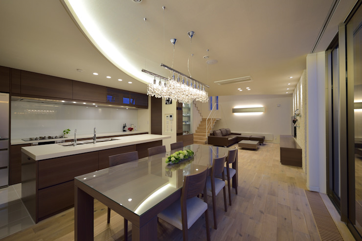 細部にこだわった間接照明 モダンデザインの ダイニング の 株式会社スター・ウェッジ モダン