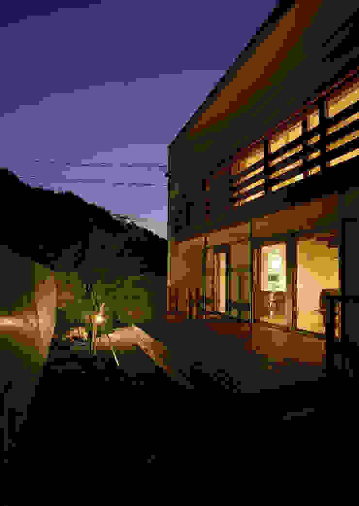 祐成大秀建築設計事務所 Jardines de estilo moderno
