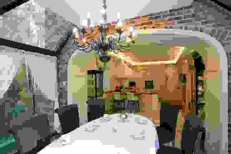 Жилой дом Столовая комната в классическом стиле от Студия дизайна Сергея Кривошеева Классический
