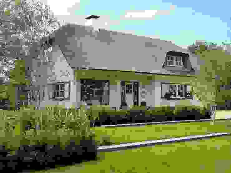 VOORZIJDE.1 Klassieke tuinen van Buro Ruimte & Groen Klassiek