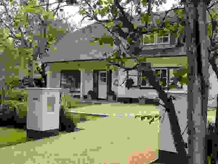 Classic style garden by Buro Ruimte & Groen Classic