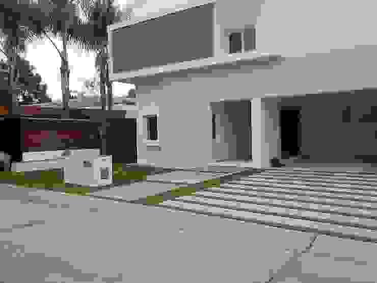 Grupo Boes Rumah Modern