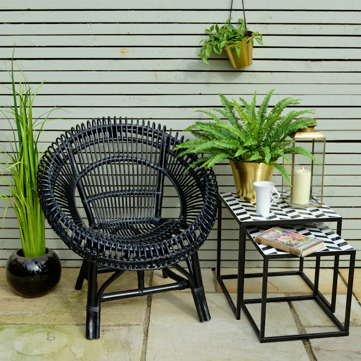 Black Wicker Chair di homify Moderno
