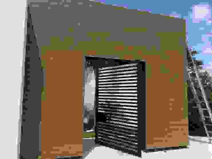 Casas de estilo moderno de Grupo Boes Moderno