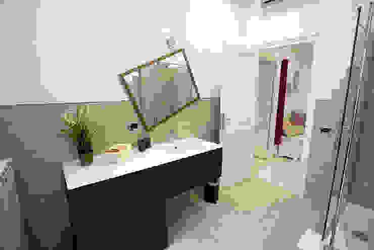 Baños de estilo ecléctico de Pamela Tranquilli Interior Designer Ecléctico