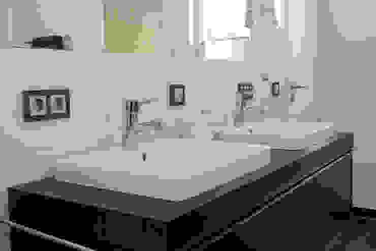 Bad Moderne Badezimmer von homify Modern