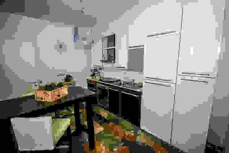 AI2 Home Cucina moderna di Luca Bucciantini Architettura d' interni Moderno