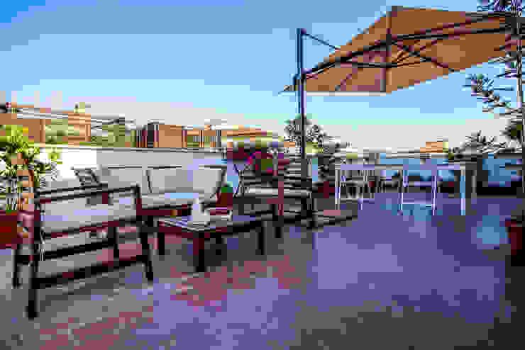 Akdeniz Balkon, Veranda & Teras Luca Bucciantini Architettura d' interni Akdeniz