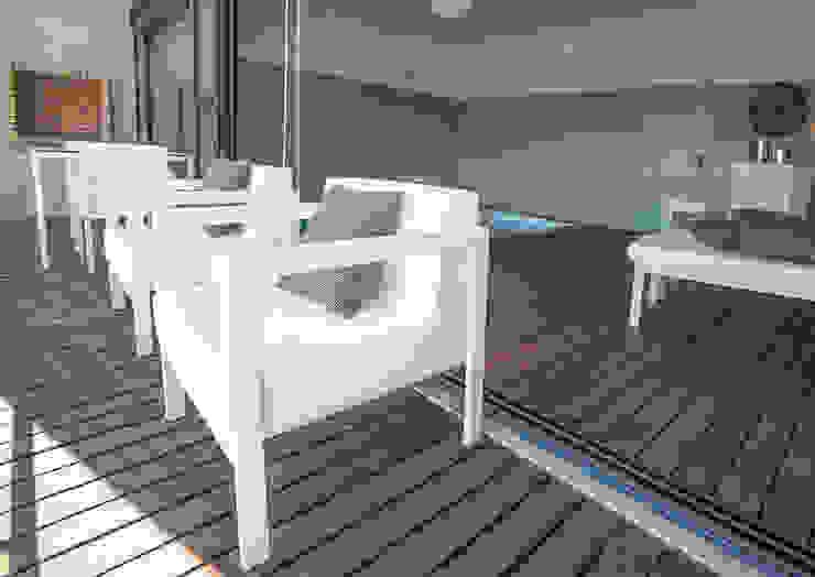 Piscina Interior, Setubal Piscinas modernas por ÀS DUAS POR TRÊS Moderno