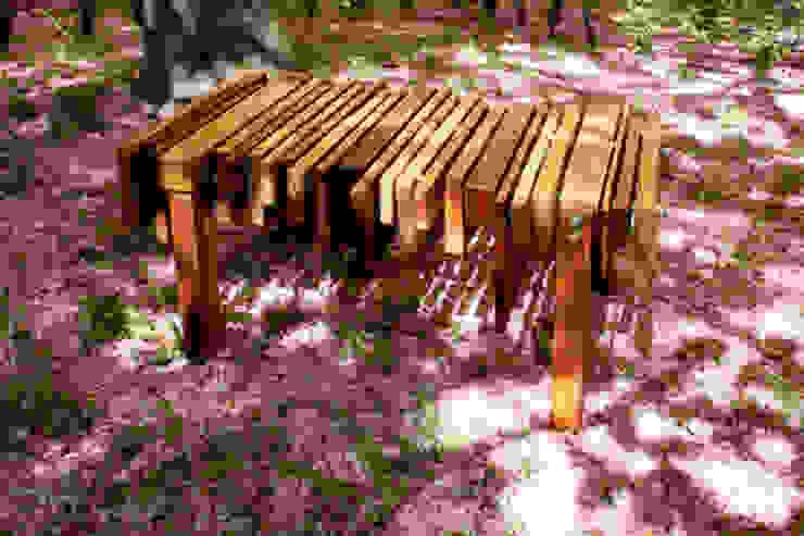 Tisch: Baumkuchen No.2 von ORTerfinder Ausgefallen Massivholz Mehrfarbig