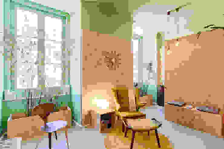 Social Network Room por Santiago   Interior Design Studio Eclético