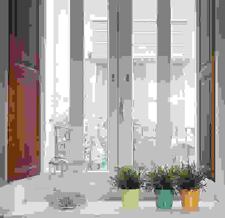 homify Puertas y ventanas de estilo mediterráneo