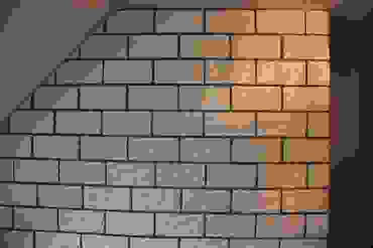 Mediterranean style corridor, hallway and stairs by Rimini Baustoffe GmbH Mediterranean
