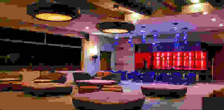 Hotel Royal Decameron Cabos Hoteles de estilo ecléctico de STUDIO ALMEIDA DESIGN Ecléctico