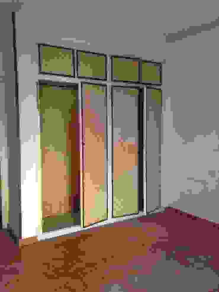 Estado actual - Dormitorio principal de Viroa ǀ Arquitectura – Interiorismo – Obras Moderno