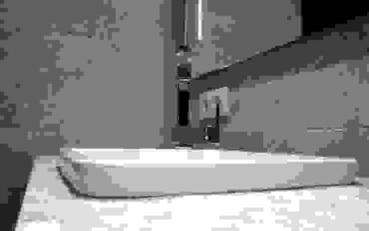 di Viroa ǀ Arquitectura – Interiorismo – Obras Moderno