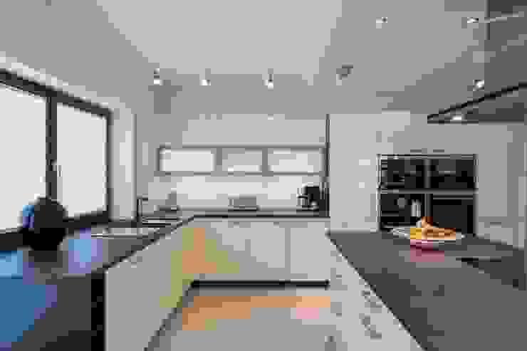 Wohnhaus Dresden SK innenarchitektur Moderne Küchen
