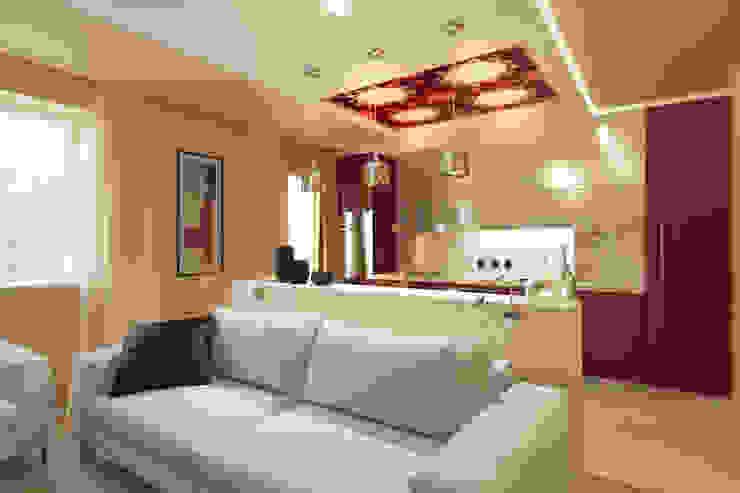 Современная семейная квартира Гостиная в стиле модерн от OK Interior Design Модерн