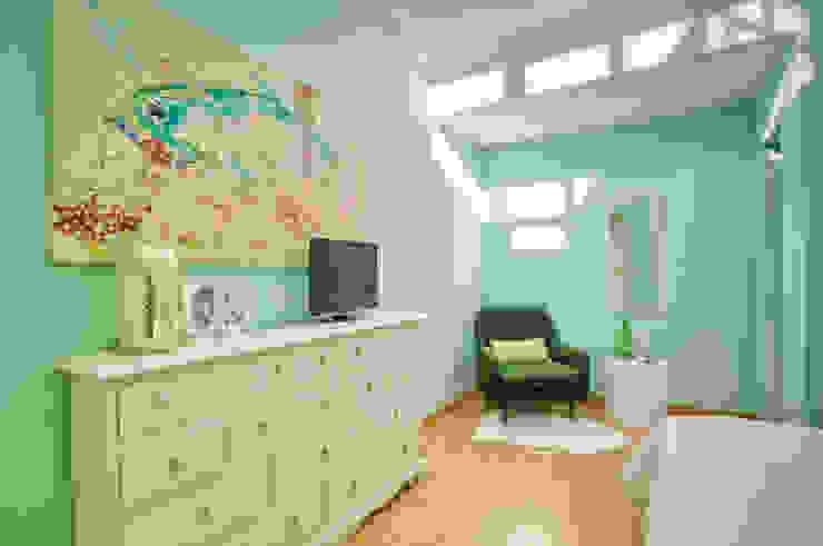 Casa Oeiras Quartos ecléticos por Santiago | Interior Design Studio Eclético