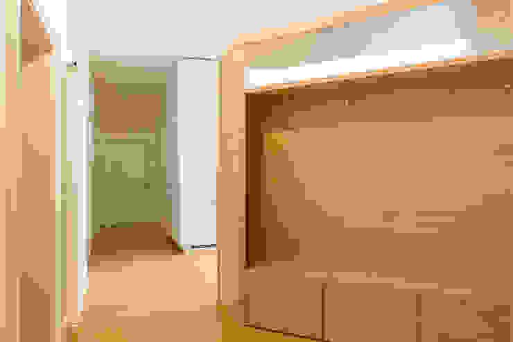 House FK di Manuel Benedikter Architekt Moderno