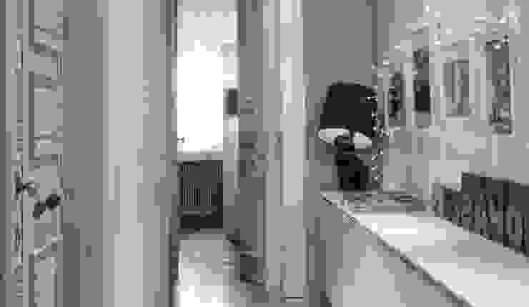Koridor & Tangga Modern Oleh cristina zanni designer Modern