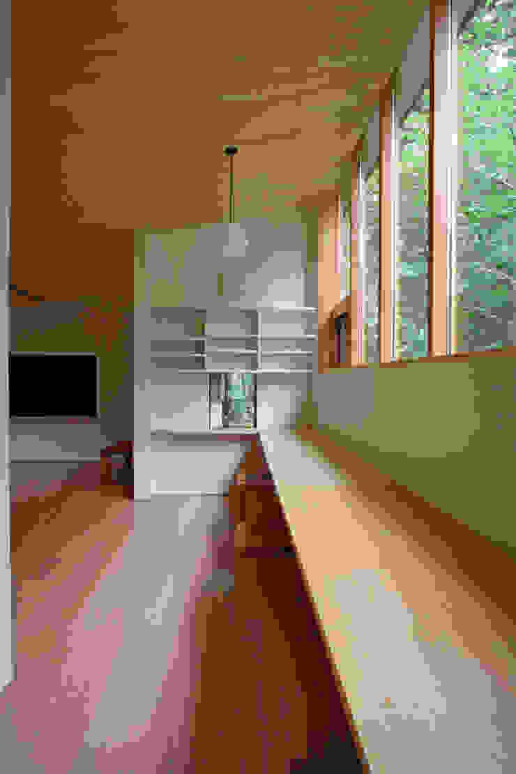 木立に佇む家 北欧デザインの 子供部屋 の 設計事務所アーキプレイス 北欧