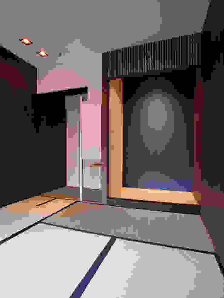 木立に佇む家 クラシックデザインの 多目的室 の 設計事務所アーキプレイス クラシック