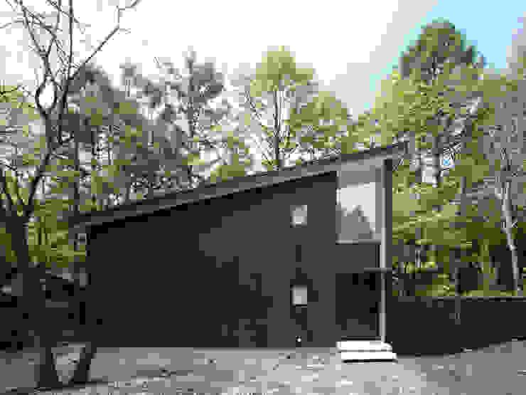 木立に佇む家 北欧風 家 の 設計事務所アーキプレイス 北欧