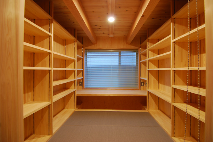 DEN(書斎兼書庫) オリジナルデザインの 書斎 の 豊田空間デザイン室 一級建築士事務所 オリジナル