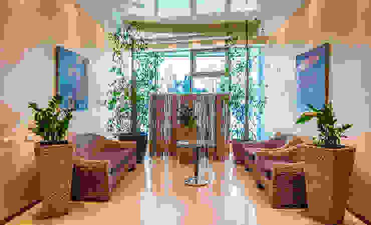 Курорт <q>ИГОРА</q> Коридор, прихожая и лестница в скандинавском стиле от Belimov-Gushchin Andrey Скандинавский