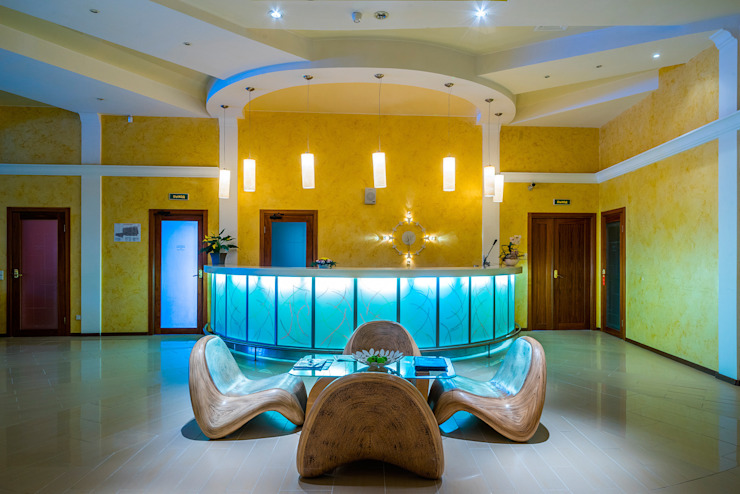 Курорт <q>ИГОРА</q> Больницы в скандинавском стиле от Belimov-Gushchin Andrey Скандинавский