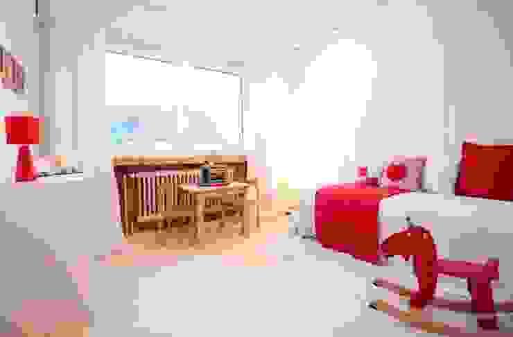 raumwerte Home Staging Country style nursery/kids room