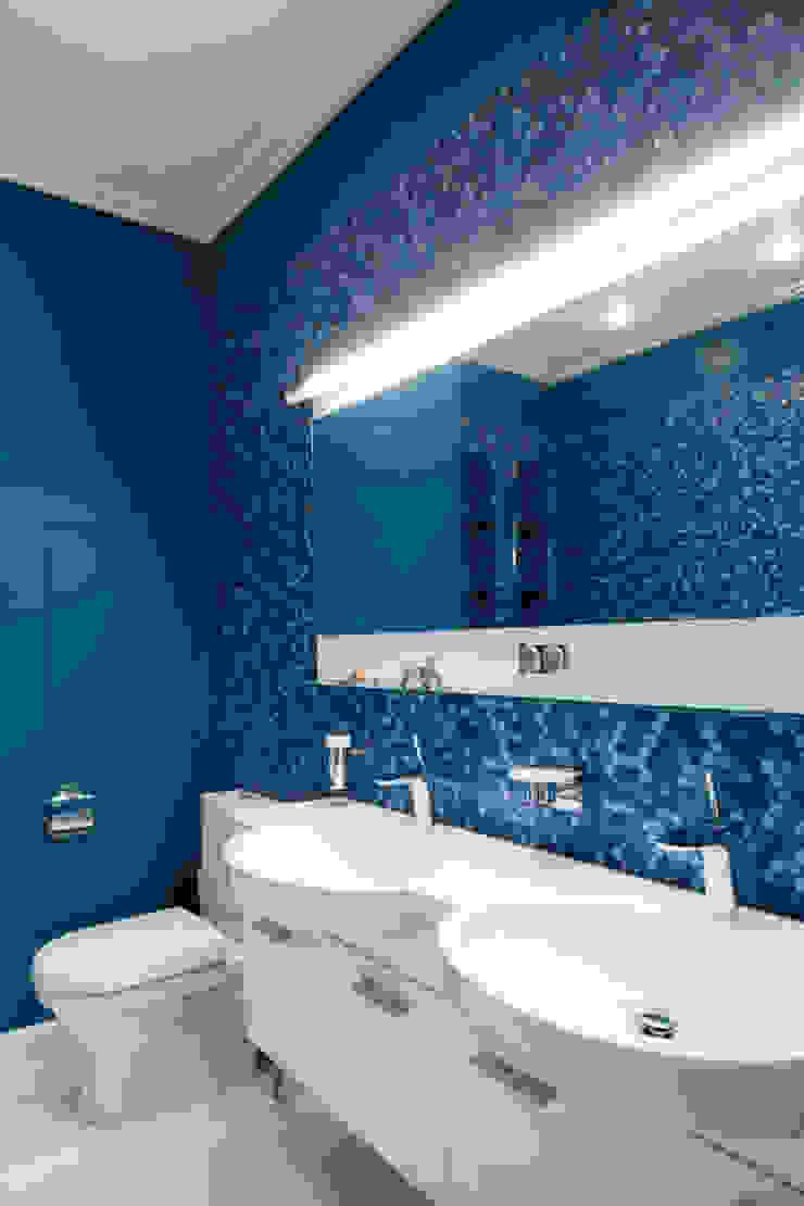 Irina Tatarnikova Eclectic style bathroom