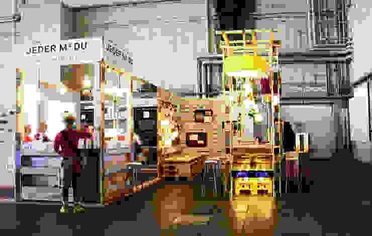 Messestand auf dem DMY 2013 Ausgefallenes Messe Design von ORTerfinder Ausgefallen Holz Holznachbildung