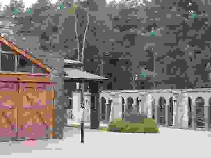 Jardines de estilo clásico de Архитектор Владимир Калашников Clásico