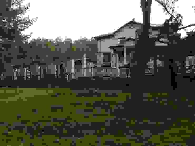 Casas clásicas de Архитектор Владимир Калашников Clásico