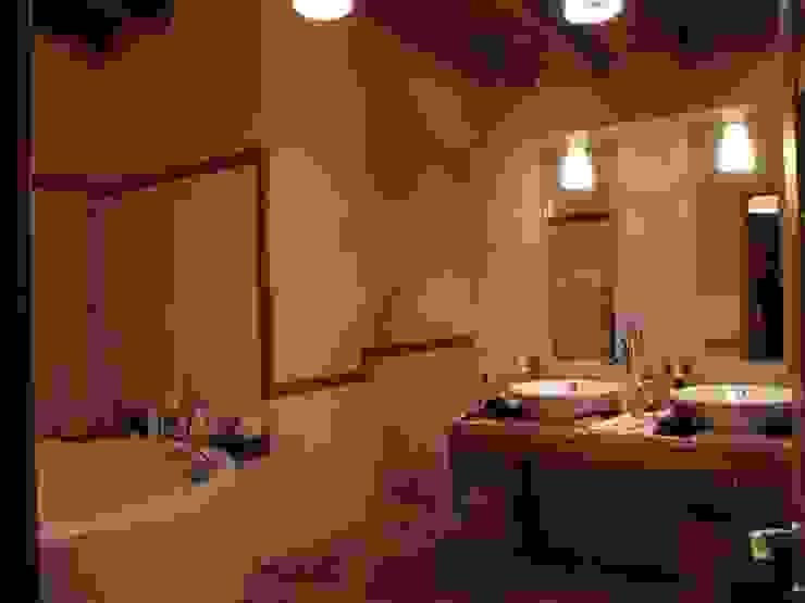 Частный дом 2 Ванная в классическом стиле от Архитектор Владимир Калашников Классический