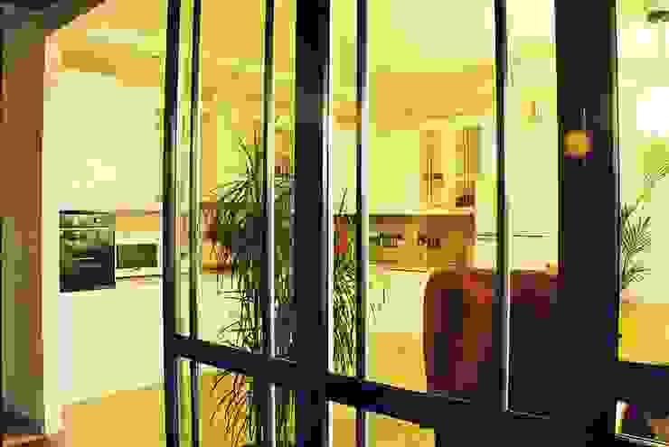 Частный дом 3 Кухня в классическом стиле от Архитектор Владимир Калашников Классический