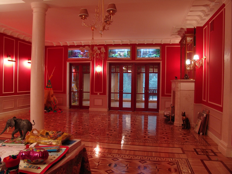 Архитектор Владимир Калашников 經典風格的走廊,走廊和樓梯