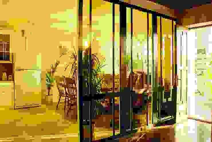 Частный дом 3 Сад в классическом стиле от Архитектор Владимир Калашников Классический