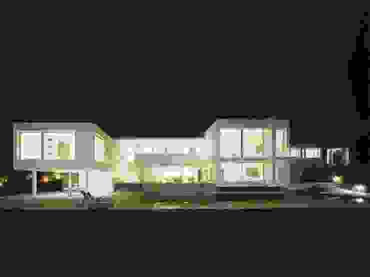 Fachada sur Casas de estilo mediterráneo de SOLER-MORATO ARQUITECTES SLP Mediterráneo
