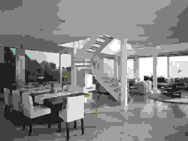 SOLER-MORATO ARQUITECTES SLP Mediterranean style dining room