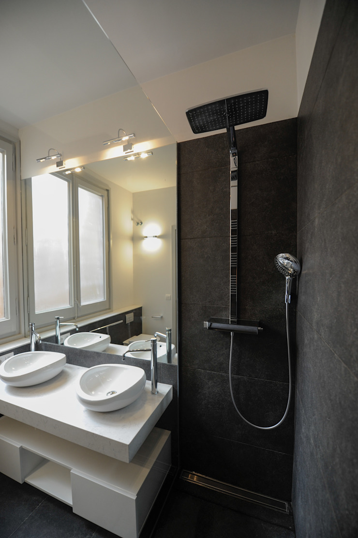 Reforma de baño en eixample Global Projects Baños de estilo minimalista