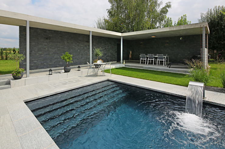 Modern pool by Unica Architektur AG Modern