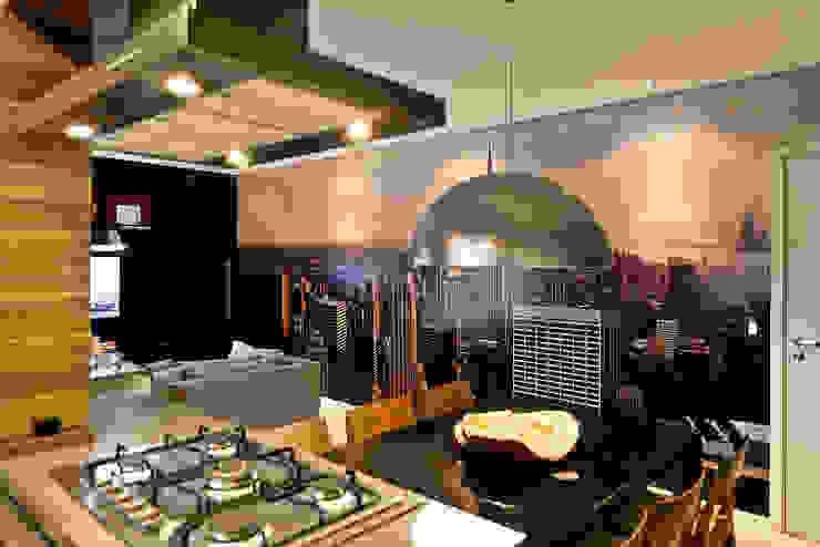 Salas de jantar modernas por tcarvalho Moderno