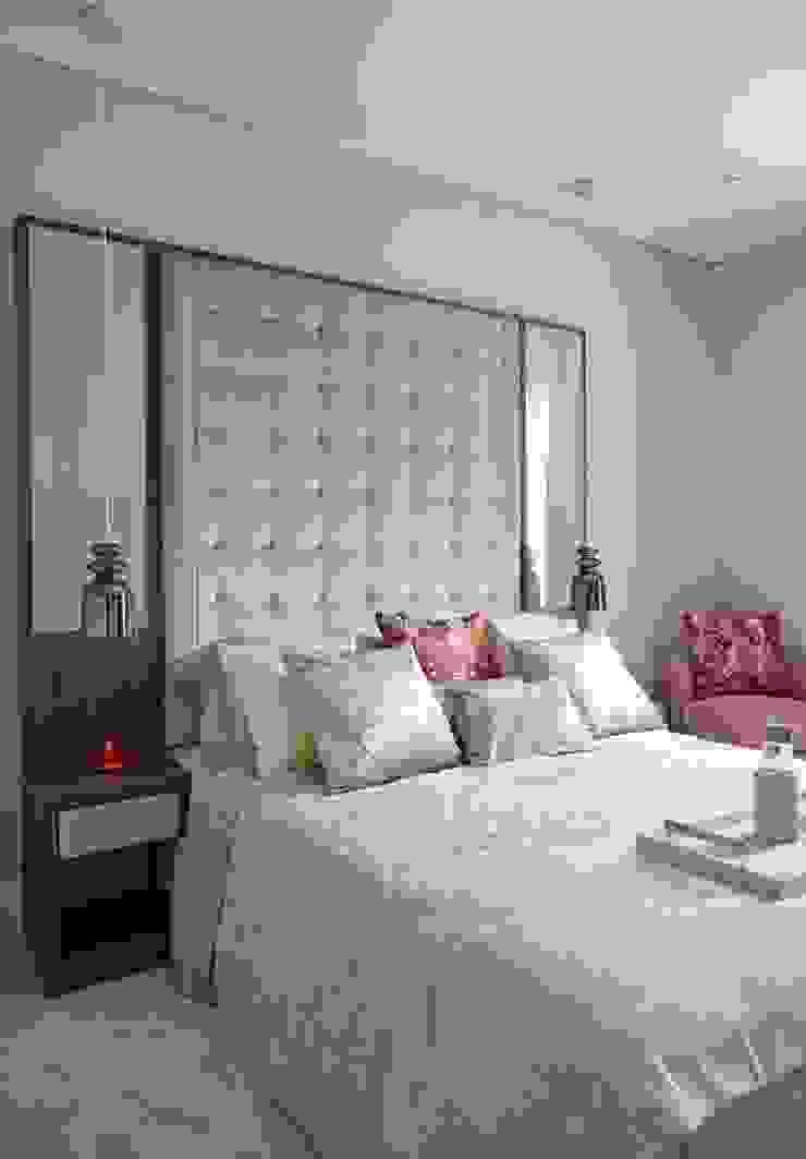 Bedroom Keir Townsend Ltd. Dormitorios de estilo clásico