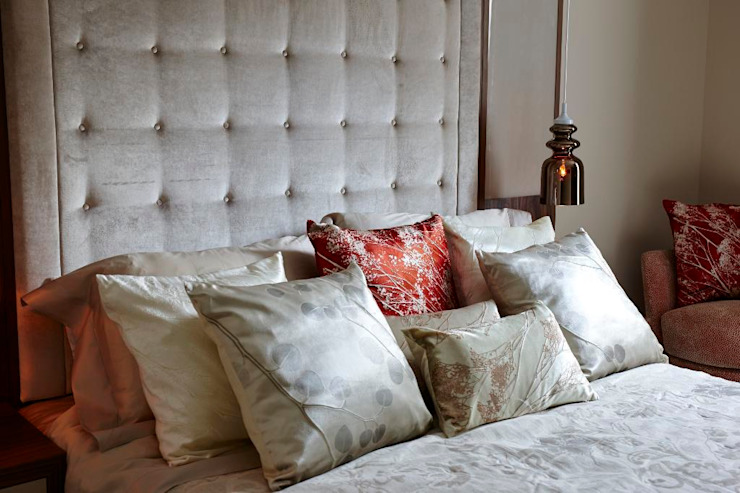 Thornwood Lodge Classic style bedroom by Keir Townsend Ltd. Classic