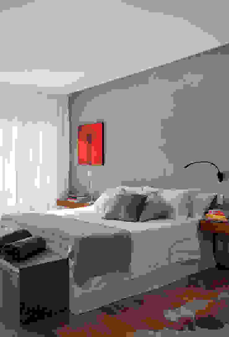 Cuartos de estilo minimalista de InTown Arquitetura e Construção LTDA Minimalista
